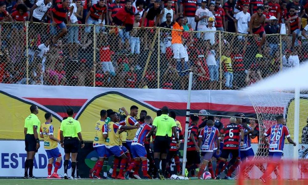 Se registra batalla campal en el futbol brasileño - Nación Deportes 9c53a520d6d