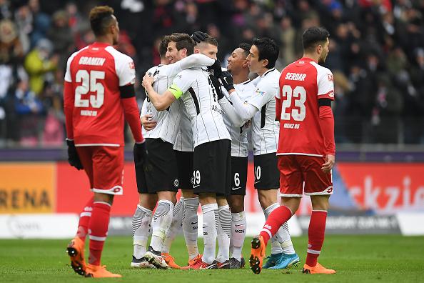 ¡Camino al Subcampeonato! Eintracht Frankfurt humilla a Mainz 05 sin mexicanos