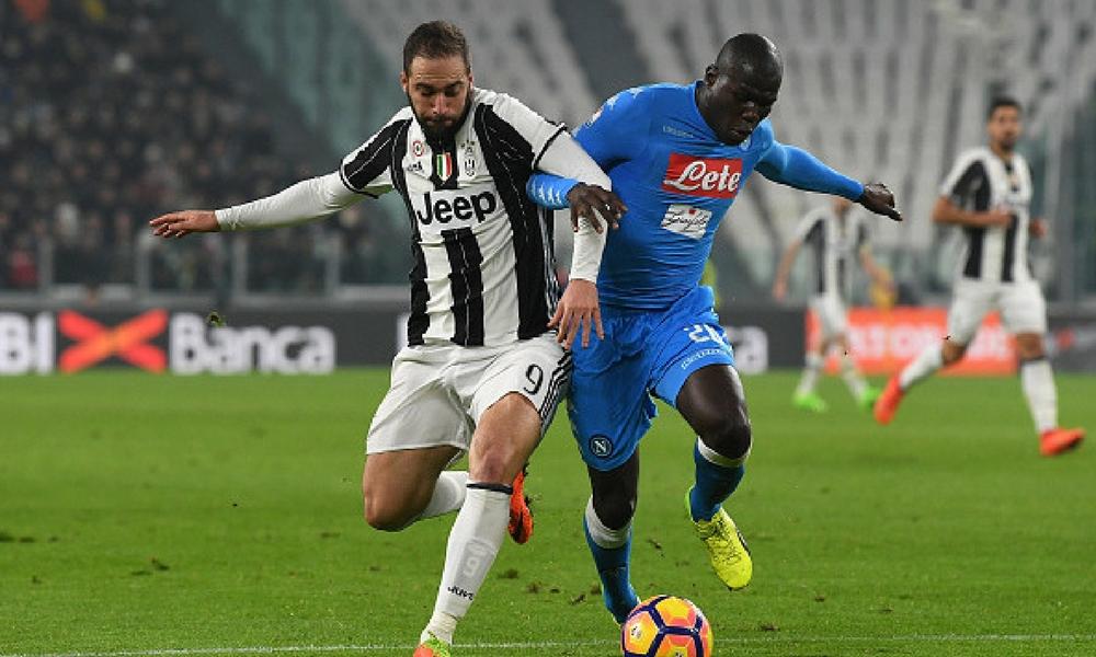 Juventus y Napoli pelean por el Scudetto