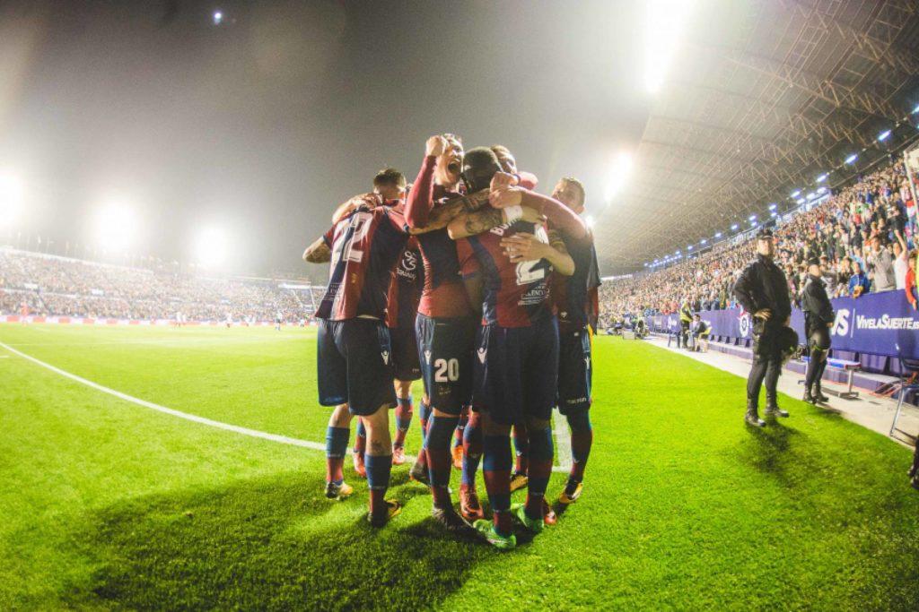 Sevilla volvió a caer