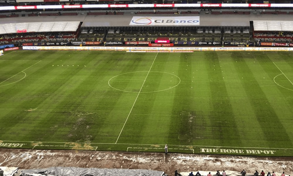 El pasto del Estadio Azteca