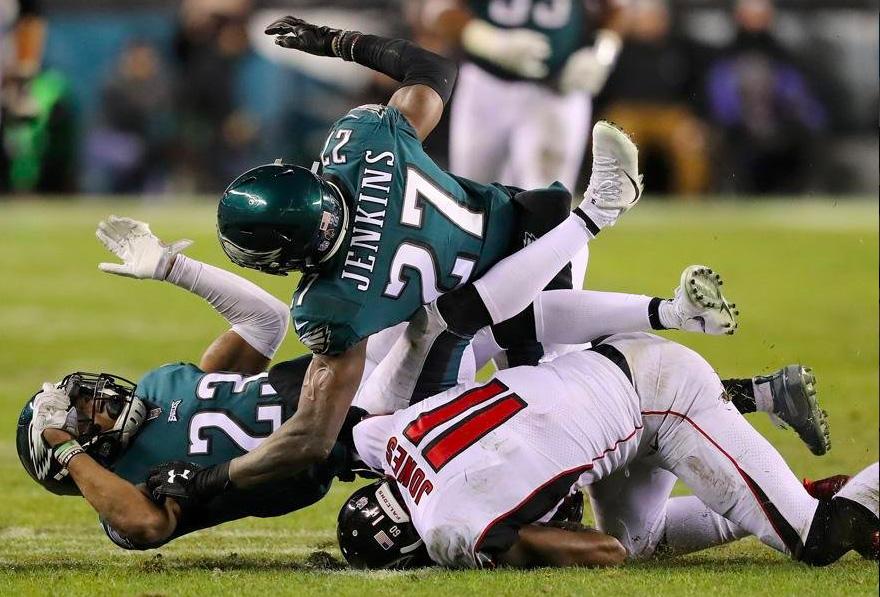 Eagles logró levantar vuelo ante Falcons