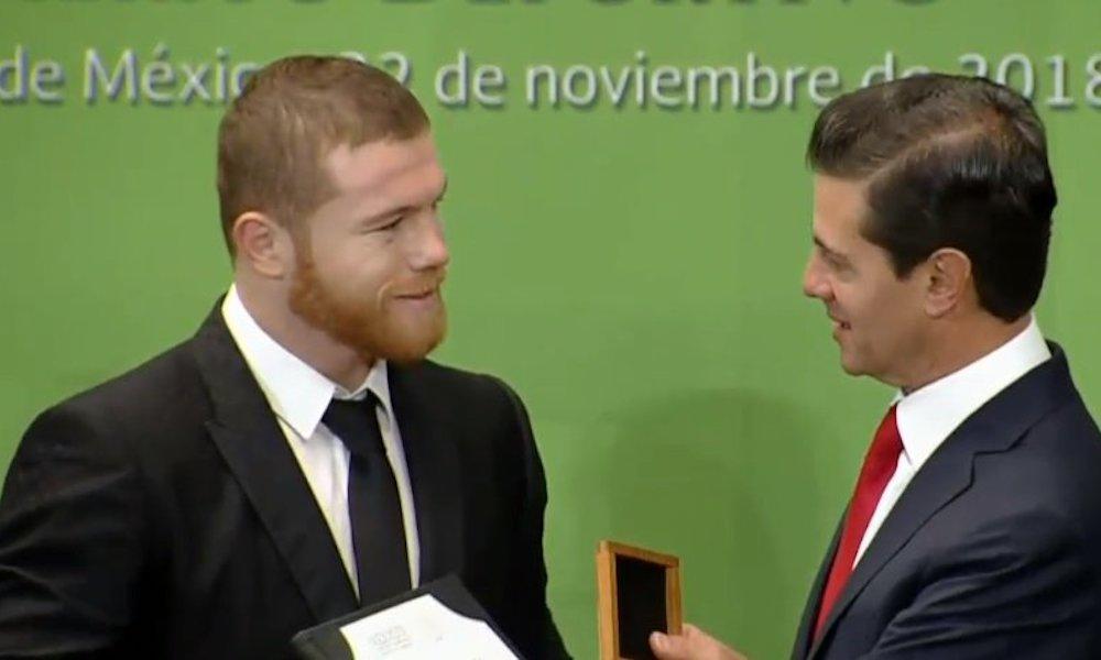 'Canelo' Álvarez recibió el Premio Nacional del Deporte