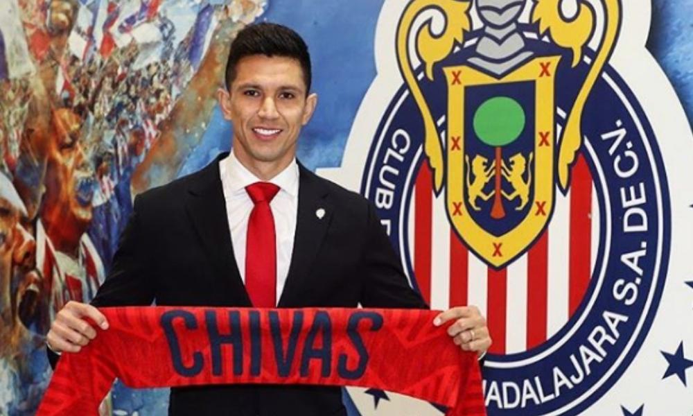 Jesús Molina es refuerzo de Chivas