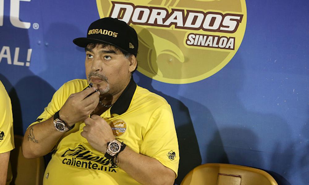 Maradona se quedaría sin auxiliares