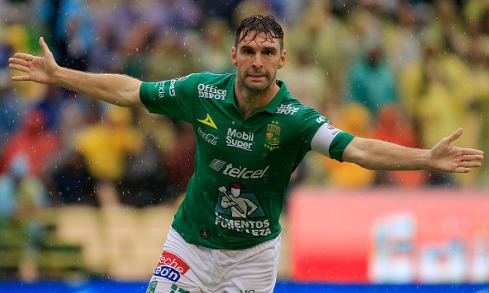 Mauro Boselli habría llegado a un acuerdo con Corinthians