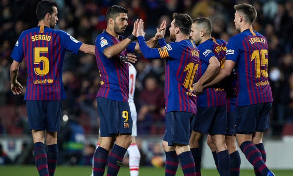 Messi y Suárez comandaron la victoria del Barcelona