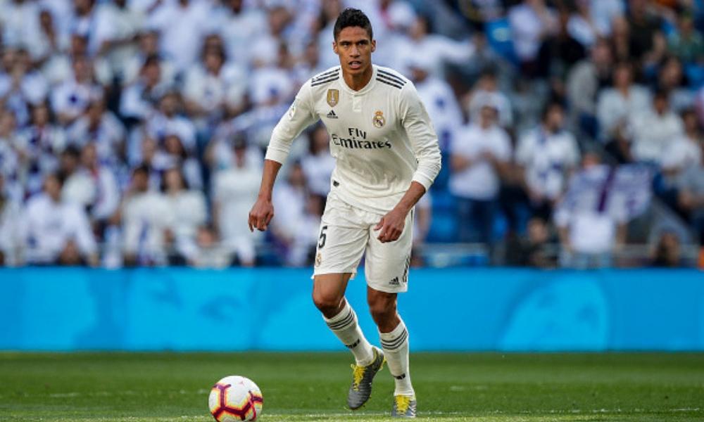 Varane no quiere hablar de su futuro en el Real Madrid