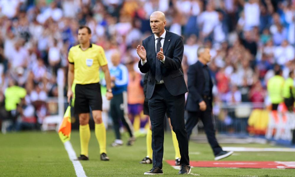 Zidane arrancó con el pie derecho