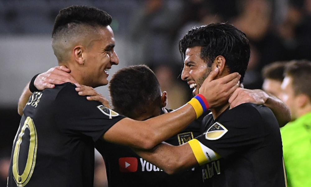 Vela marcó en el triunfo del LAFC