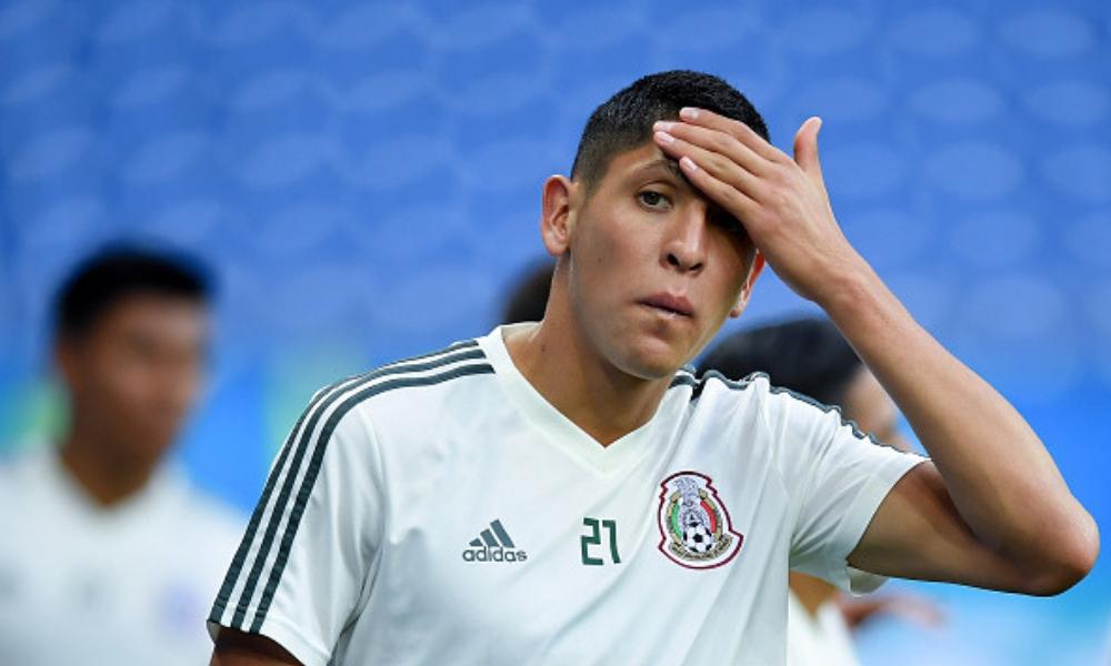 Edson Álvarez no llegará al Ajax