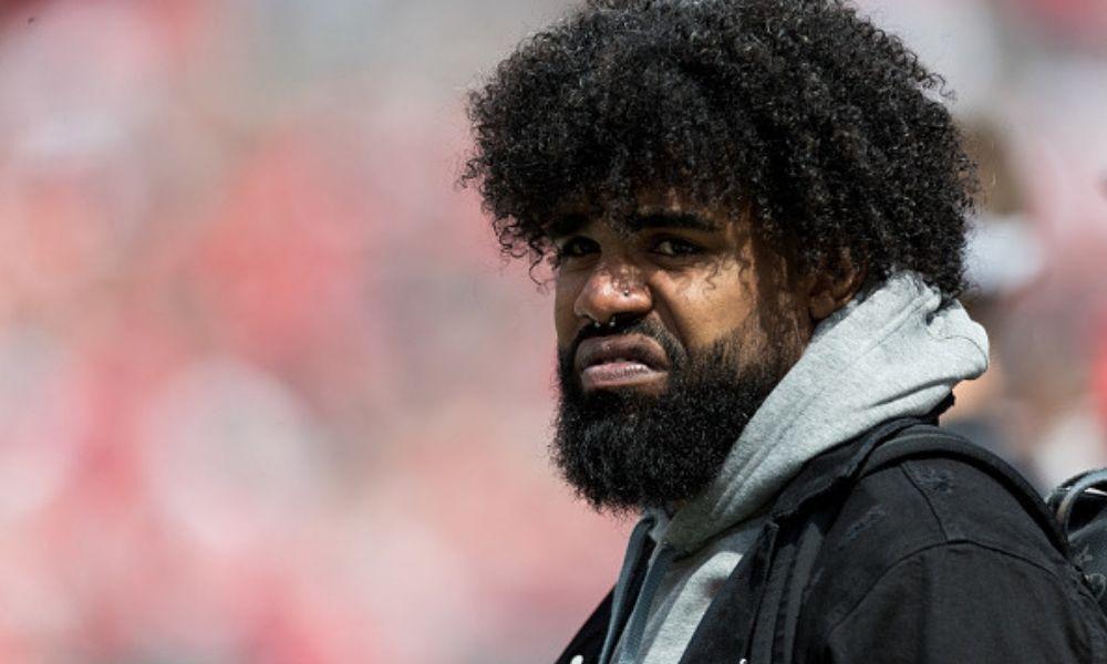 Jugador de la NFL, esposado tras riña en Las Vegas