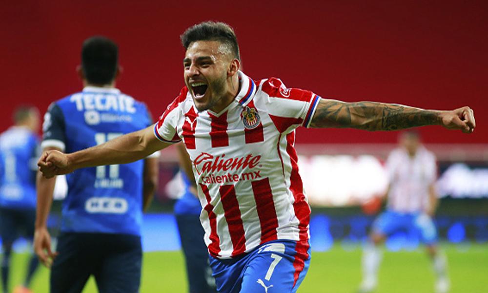 Alexis Vega estará con Chivas en el Clásico Nacional